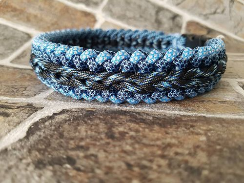 Paracord halsband Sanctified Endless Falls