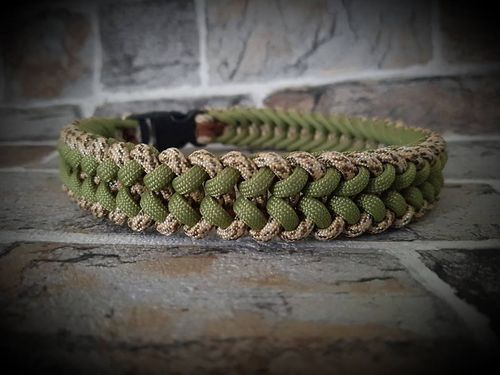 Paracord halsband Sanctified